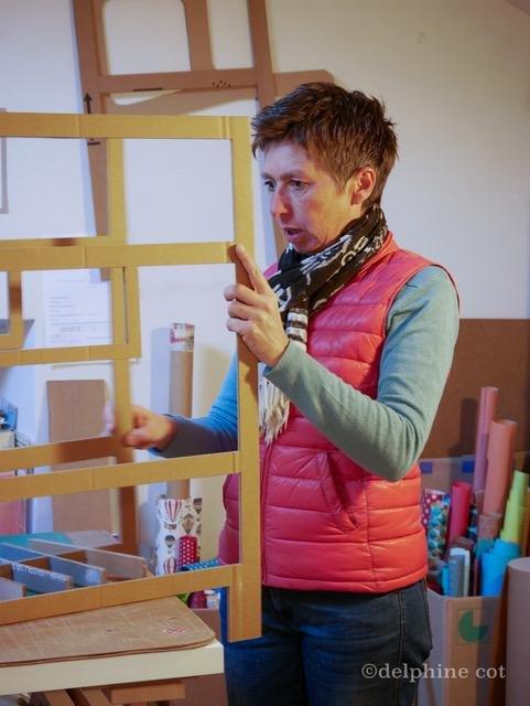 Atelier La chaise en carton Le Mas d'Azil Ariège